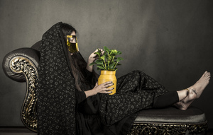 the girl with burqa  mohsen etemadifar
