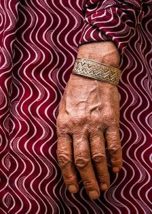 h like mothers hand  sajed haqshenas