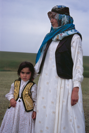 mother  Ramesh Hoseini lahiji