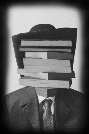 book man  Mahdiyeh Afshar bakeshloo