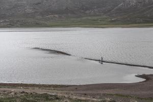 In praise of water  Abdolrahman Mojarrad