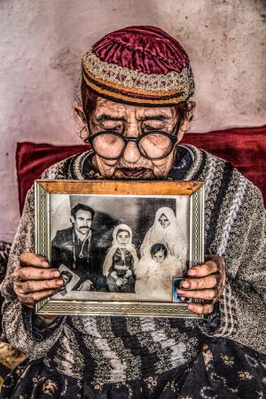 Mother of a generation  Abdolrahman Mojarrad
